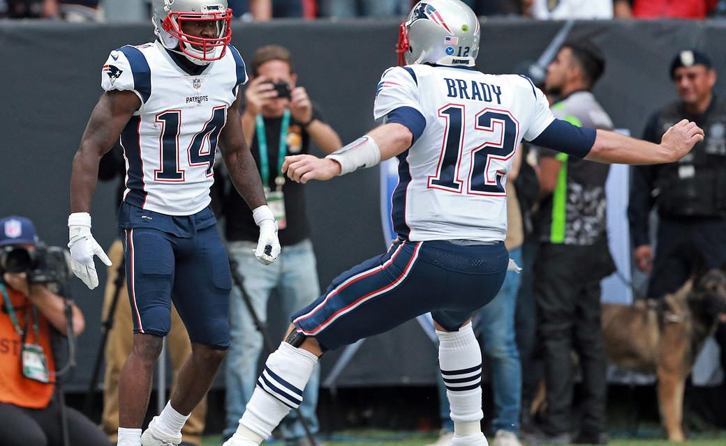 The Patriots Travel to Miami to Take on the Dolphins