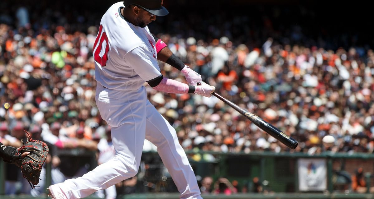 Red Sox Resign Eduardo Nunez
