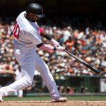 Red Sox Resign Eduardo Nunez