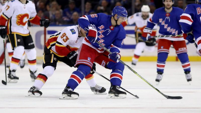 Bruins Acquire Holden from Rangers