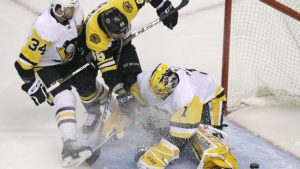 Bruins trounce the Penguins 8-4