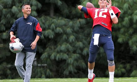 Should Alex Guerrero Be Allowed to Work with the Patriots?