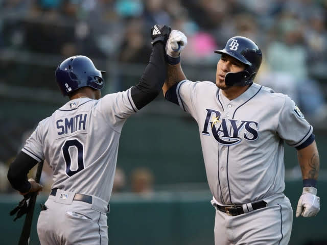 Wilson Ramos congratulated by Mallex Smith_1527663530529.jpg_88320272_ver1.0_640_480