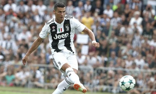 Ronaldo Scores First Goal for Juventus