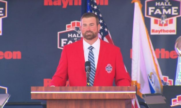 Matt Light Inducted To The Patriots HOF