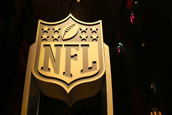 BOSTON SPORTS EXTRA'S NFL AWARD PREDICTIONS