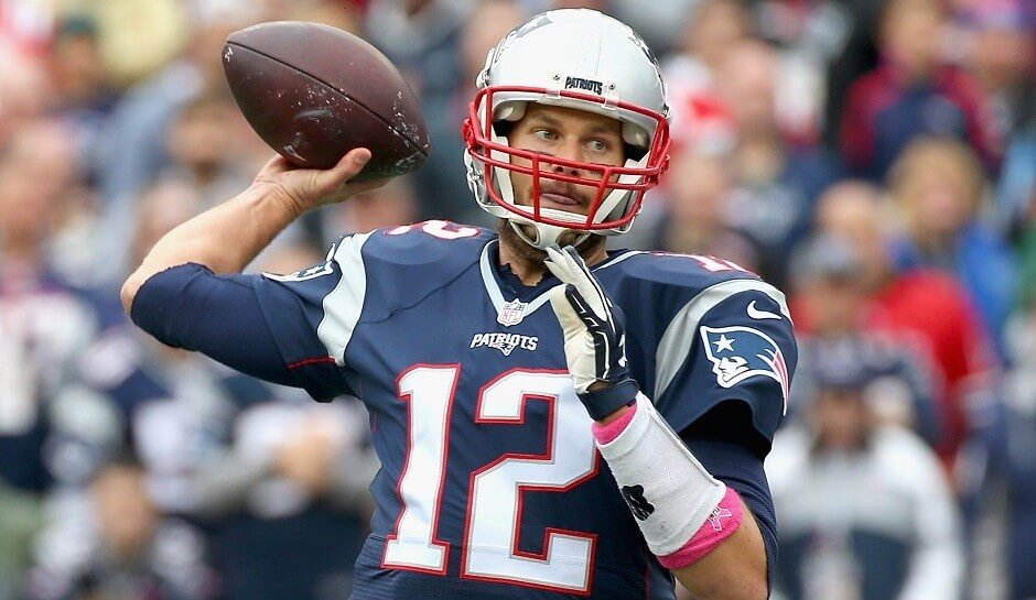 Brady's at his best when spreading the ball around