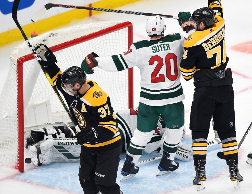 Boston Bruins Tame Wild in 4-0 victory