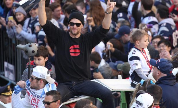 Tom Brady will officially retire a Patriot