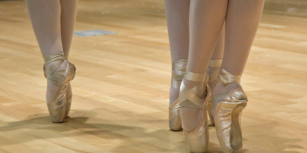 7 Ballet Barre Exercises
